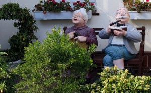 grandma-86649_1920