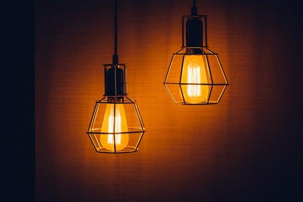 light-1603766_1920